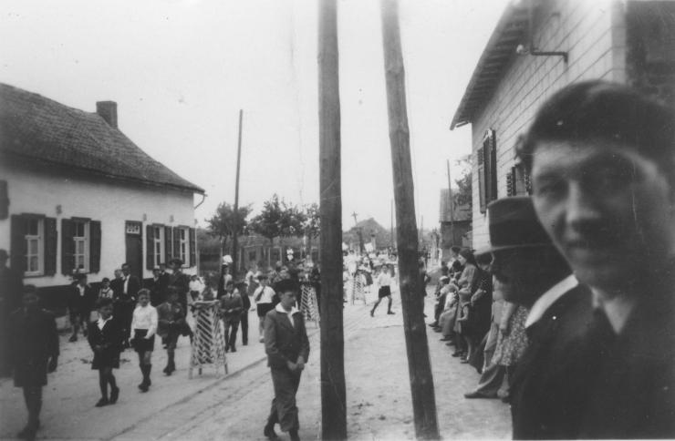 ZEPProcessie1938MOMMEN