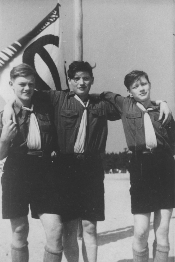 zepchiroachel1953capaulvanschoenwinkel
