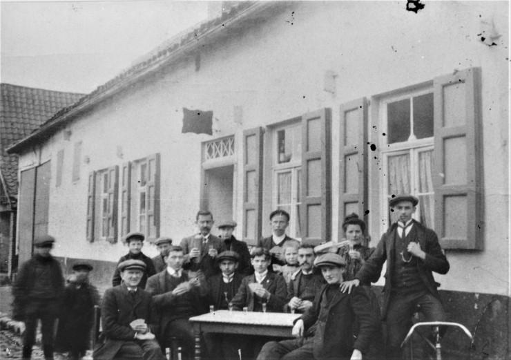 zepkerkstraatcafeknapen-1913repwi